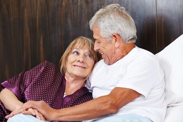 Dr. Johannes: Sex nach Hüft-OP | Gesundheit.SI